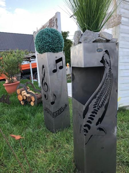 Stele aus Cortenstahl Musik-Fisch